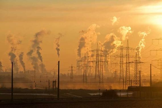 Sanayi üretimi beklenenin üzerinde daraldı: Yüzde 4