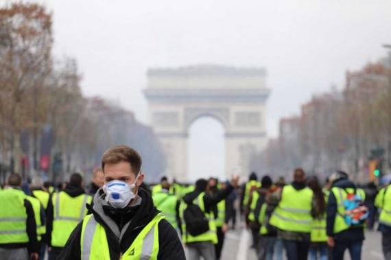 Fransa'da sarı yelekliler gösterilerin 27. haftasında sokaklarda