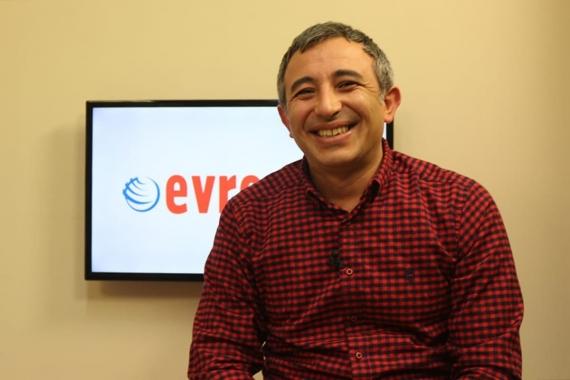 Dev-Yapı-İş Başkanı Özgür Karabulut, Evrensel e-gazete abonesi oldu