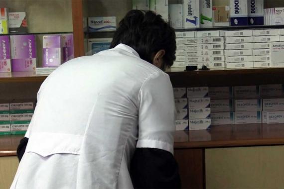 Zam açıklaması sonrası bazı ilaçlar bulunamaz hale geldi