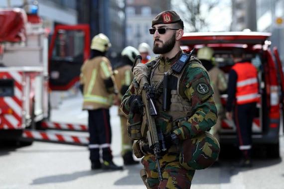 Brüksel'de AB kurumlarının olduğu bölgede bomba alarmı