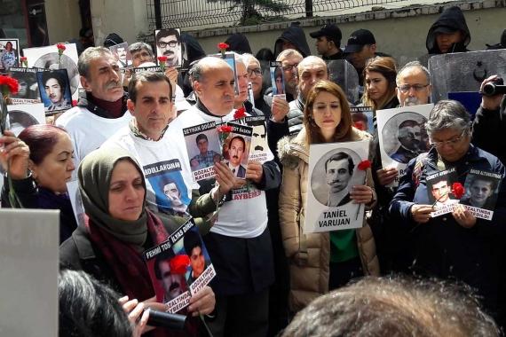 Cumartesi Anneleri gözaltında öldürülen Ermeni aydınları andı