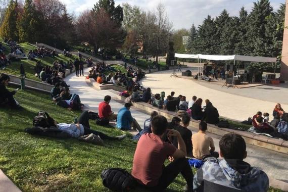 ODTÜ'de üniversite tercih fuarı: Gençler gelecek kaygısıyla tercih yapıyor