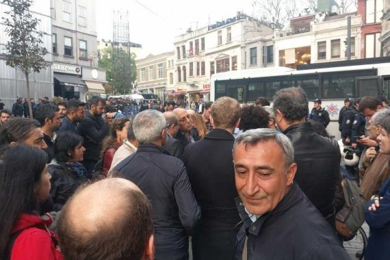 Soma kararını protesto etmek isteyen emek örgütlerine polis engeli