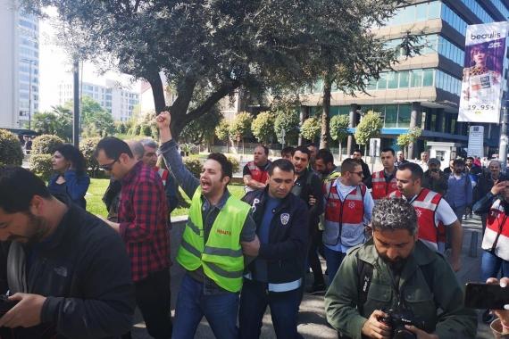 Taksim Meydanı'na çıkmak isteyenler gözaltına alındı