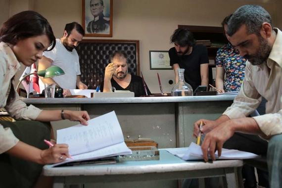 Yönetmen Hüseyin Karabey: Cezaevine girince hep bu oyun aklıma geldi