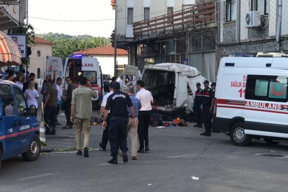 Edirne'de mültecileri taşıyan araç kaza yaptı: 10 ölü, 30 yaralı