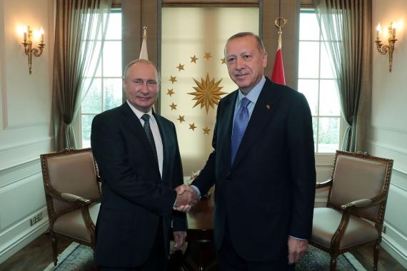Erdoğan üçlü zirve öncesi liderlerle görüşüyor