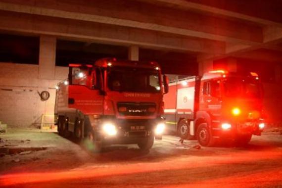İzmir'de Bayraklı Şehir Hastanesi inşaatının deposunda yangınçıktı