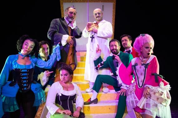 Mam'Art Tiyatro'dan Tartuffe: Bir ömür aldanarak geçiyor dememek için
