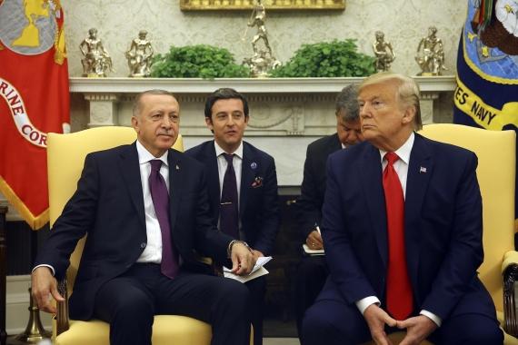 Erdoğan ve Trump, Beyaz Saray'da basına fotoğraf veriyor