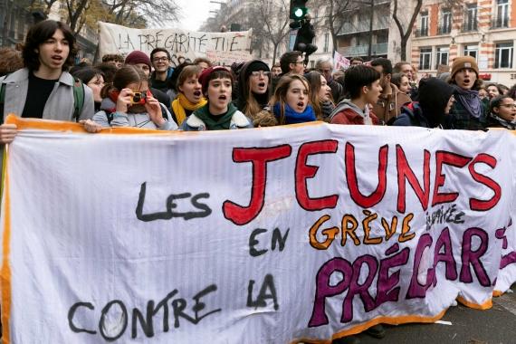 Fransa'da, genel grev kapsamında düzenlenen yürüyüş.
