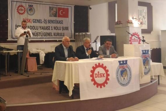 DİSK/Genel-İş Genel Merkezinin dayatması sonucu İstanbul Anadolu Yakası 1 No'lu Şube'de yapılan olağanüstü kongreden fotoğraf