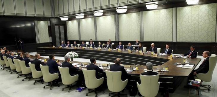 Bakanlar kurulu Saray'da toplanıyor, gündem 'veda'