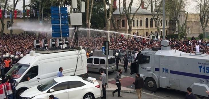HDP'li Garo Paylan Beşiktaş taraftarına polis saldırısını İçişleri Bakanına sordu
