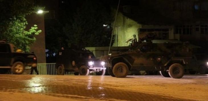 Bismil Emniyet Müdürlüğü'ne bombalı saldırı: 7 polis yaralı