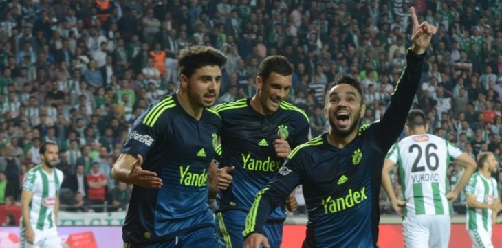 Fenerbahçe, Konyaspor'u deplasmanda 3-0 yendi