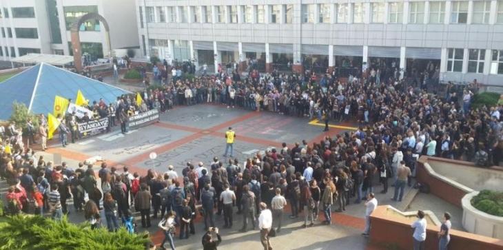 Eğitimciler grevde öğrenciler boykotta