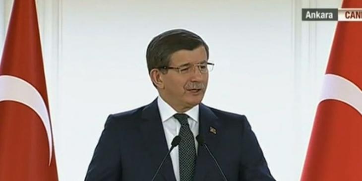 Davutoğlu: HDP ve CHP terör sevicisi, teröre destek verenler mecliste bulunamaz