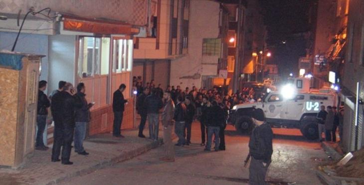 Kanarya Mahallesi'nde kıraathaneye ateş açıldı: 2 ölü