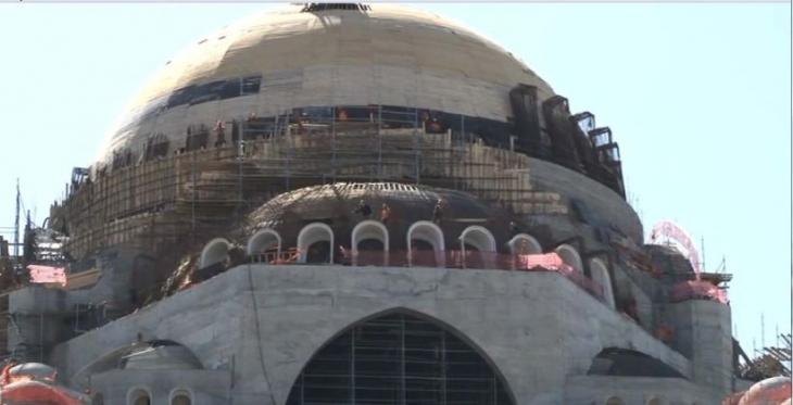 Çamlıca Camii inşaatında işten atılan işçiler eyleme geçti