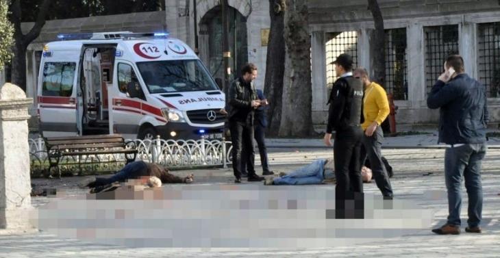 Sultanahmet saldırısında yaşamını yitirenlerin sayısı 12'ye çıktı