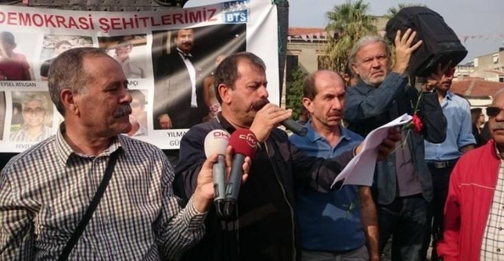 Barış isteyenler İzmir valisinin hedefinde: Eğitim Sen'li başkan görevden alındı