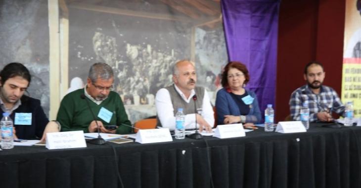 Dersim'de 'Türkiye'de Akademi' paneli düzenlendi: 'Tarih insanlar direnirse yazılır'