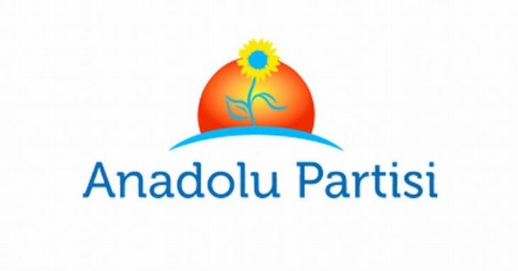 Anadolu Partisi'nin başkanlık divanı istifa etti
