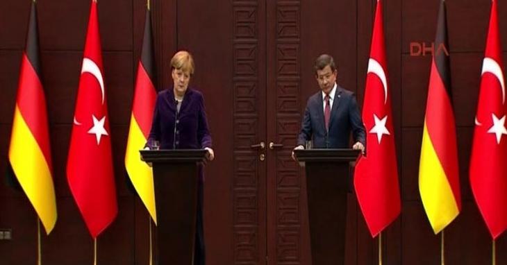 Davutoğlu: Cizre, Silopi ve Sur'da sivil özgürlüklere aykırı bir şey yok
