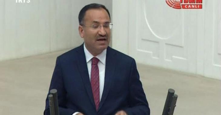 Bozdağ: Kimse 'AK Parti muhaliflerini ayıklıyor' diyemez
