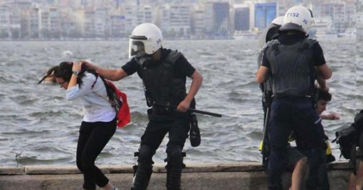 Saç çekip, copla saldıran polislere ceza yok!