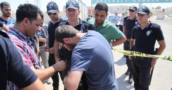 'Gazetecileri gözaltına aldıran İzzettin Küçük, görevini kötüye kullanmıştır'