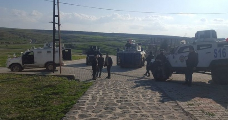 Özel harekatçılar, HDP Şırnak Milletvekili Encü'nün kaldığı evi bastı