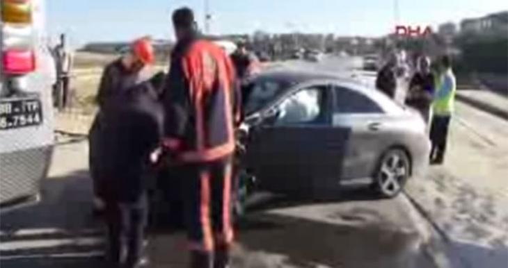 Riva'da trafik kazası: 4 kişi hayatını kaybetti