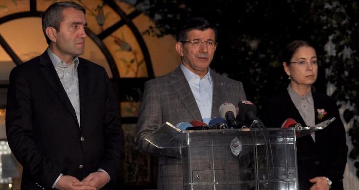 Davutoğlu: Kapımız ve istişarelerimiz herkese açıktır