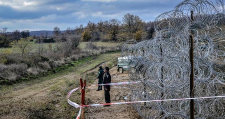 Macaristan göçmenlere karşı utanç duvarı örecek