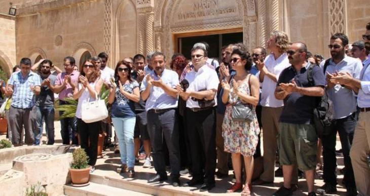 Artuklu Üniversitesi'nde 14 öğretim üyesinin görevine son verildi