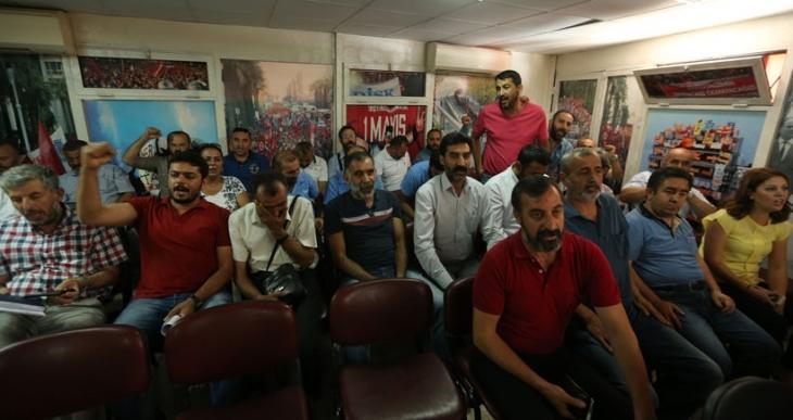 İZENERJİ işçileri greve hazırlanıyor
