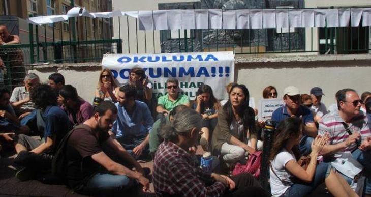 İstanbul'da 'okuluma dokunma' eylemi