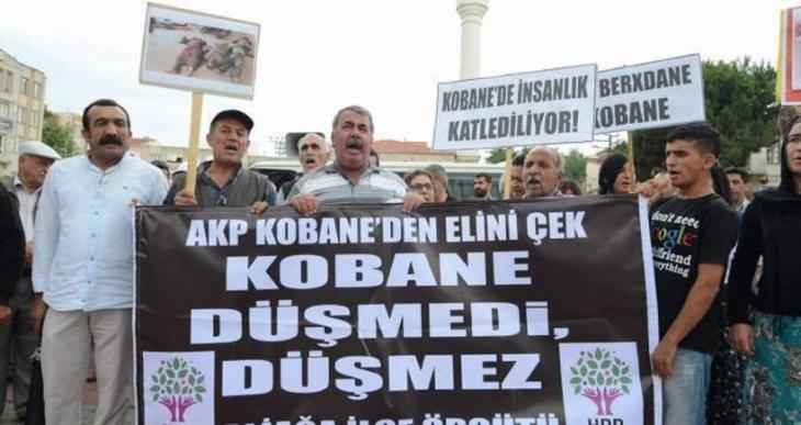 İzmir'de Kobanê'ye destek eylemi
