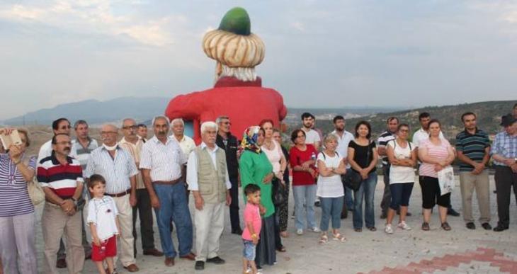 Madımak'ta katledilenler İzmir'de anıldı