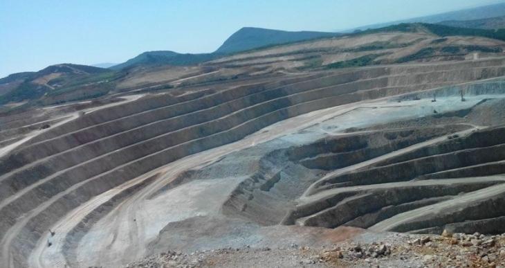 Dev Maden-Sen'e geçen işçiler işten atıldı