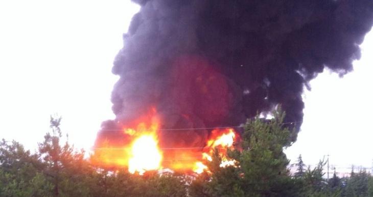 Isparta OSB'de  AKP İl Başkan Yardımcısının fabrikasında yangın çıktı