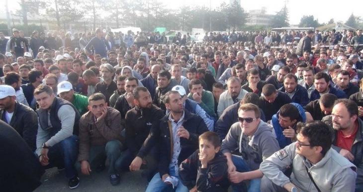 İzmir'de sendikacılardan metal deklarasyonu: Bu mücadele bizim de mücadelemiz