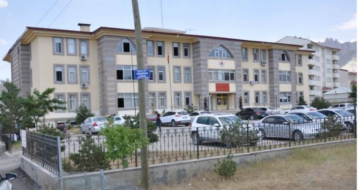 Askeri operasyona engel olmak isteyen 14 kişi gözaltında