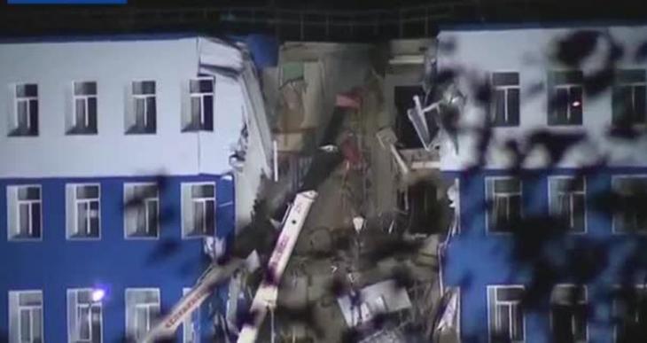 Rusya'da askeri bina çöktü: 23 ölü