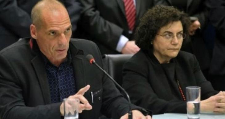 Varufakis'in yardımcısı da istifa etti