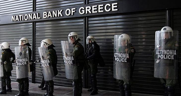 Yunanistan bankaları bugün açılıyor