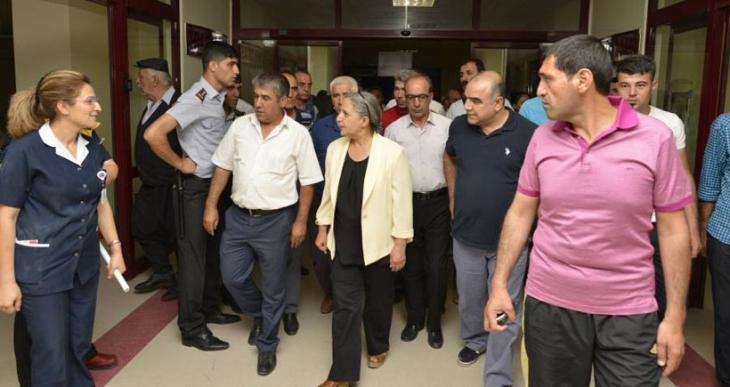 Diyarbakır'da kaza: 1 ölü, 69 yaralı